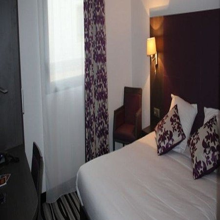 Kyriad Saint Quentin En Yvelines - Montigny: Double Room1