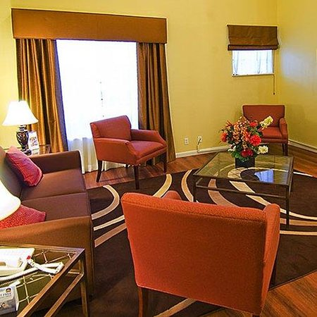 Magnuson Hotel Fossil Creek: lobby