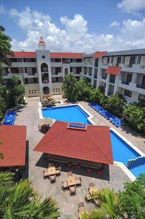Adhara Hacienda Cancun: Pool