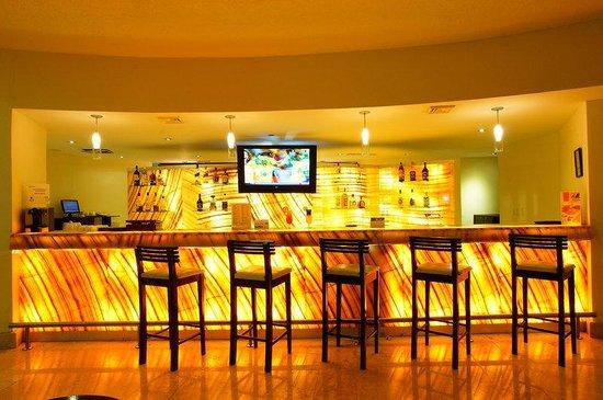 Adhara Hacienda Cancun: bar