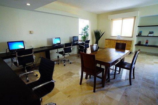 Adhara Hacienda Cancun: Interior