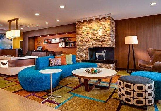 Fairfield Inn & Suites Elkhart : Lobby