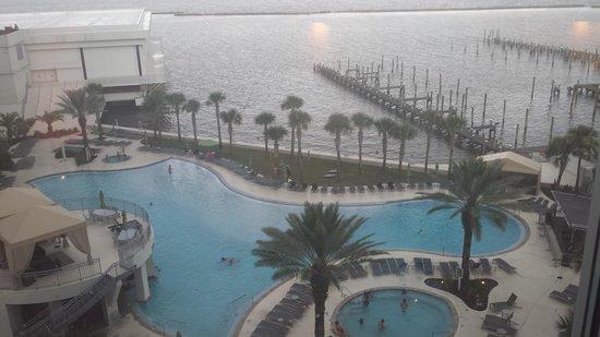 Hard Rock Hotel & Casino Biloxi: pool/ocean view 5th floor (platinum towers)