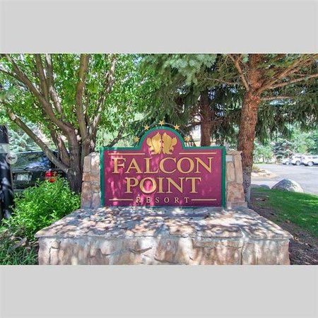 Falcon Point: Welcome Sign