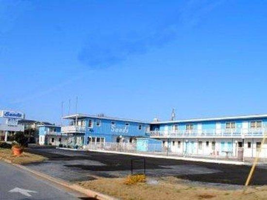 Sands Motel: Property Whole