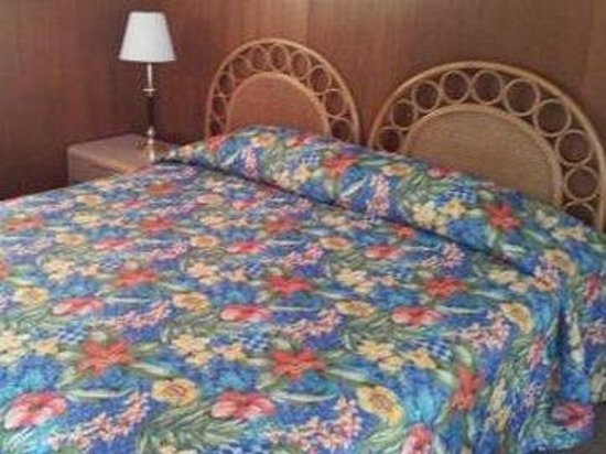 Sands Motel: Queen