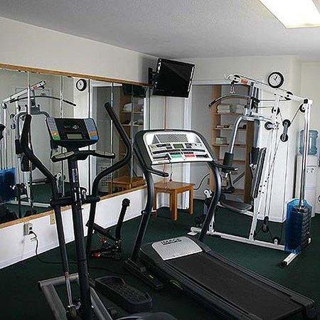 Americas Best Value Inn- Knob Noster: Fitness Center