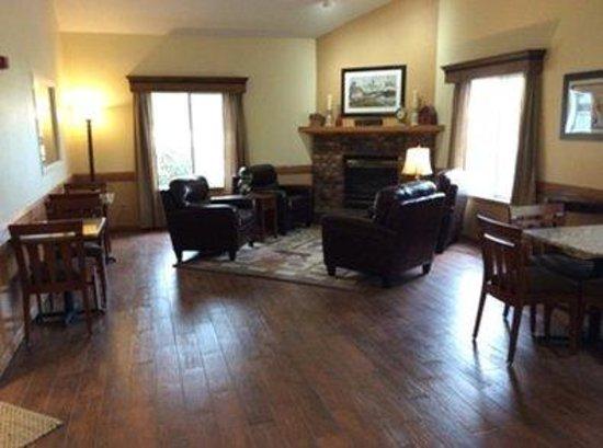 Country Inn of Two Harbors: Lobby