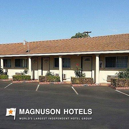 San Joaquin Motel: Exterior