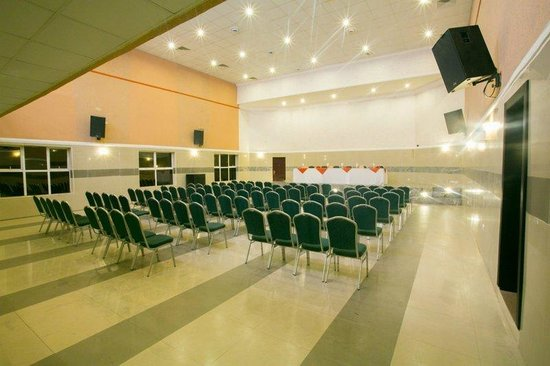 D' Palms Airport Hotel: Meeting Rooms
