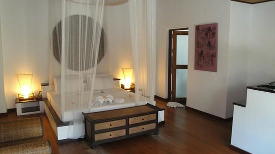 Saboey Resort and Villas: Our room on arrival