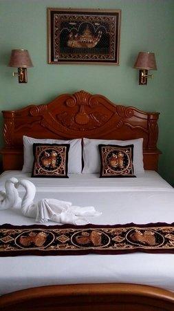 City Golf Resort Hotel : Royal suite room
