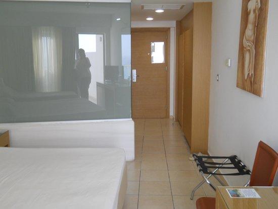 Doreta Beach Hotel: Семейный номер