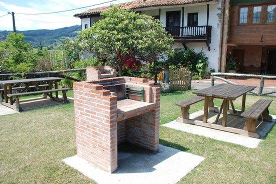 Apartamentos Rurales Casa Tata: Barbacoas