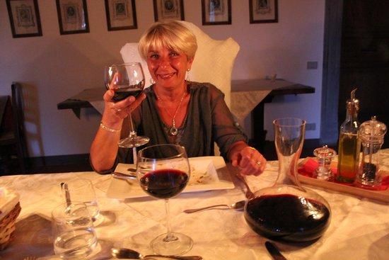 Castello di Petroia: cena in sala Guidobaldo