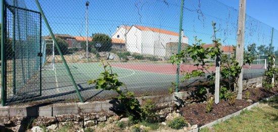 Casa do Redondo : campo de ténis