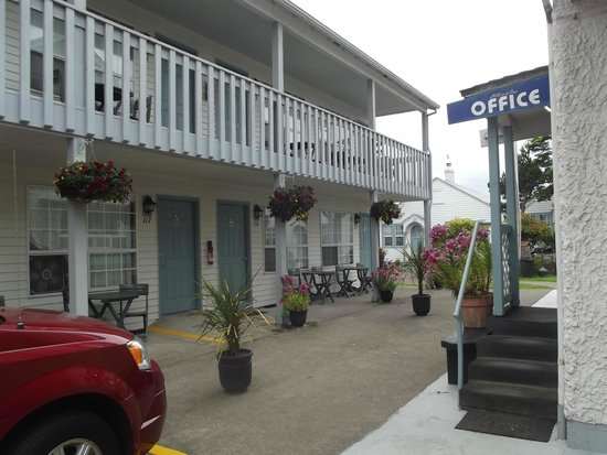 Hillcrest Inn: Summer relaxation