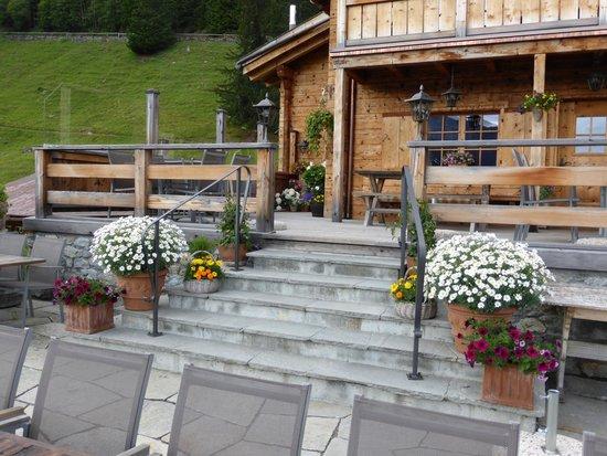 Berghaus Alpenrösli: Terrasse