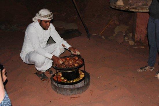 Khaled's Camp: Food
