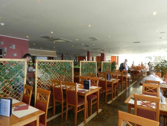 Hotel Zora: Salle du restaurant