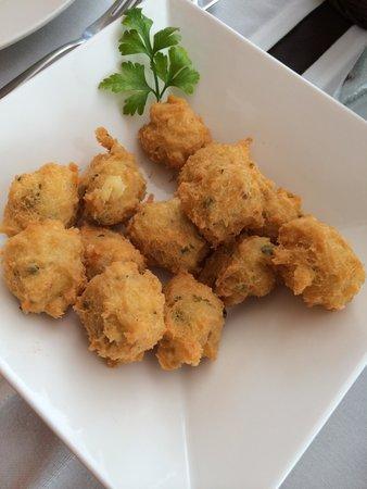 Restaurante Nit i Dia: Buñuelos de bacalao