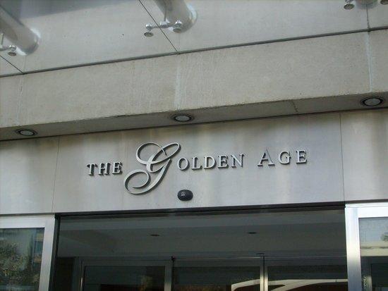 Golden Age Hotel Athens: отель