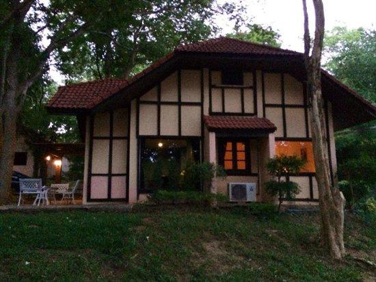 The Pavilion Rim Kwai : Bungalow