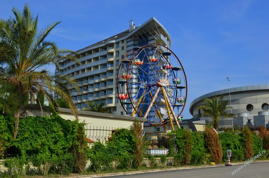 Royal Wings Hotel : отель