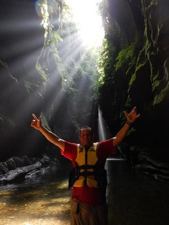 Millenium Cave : The Lost World