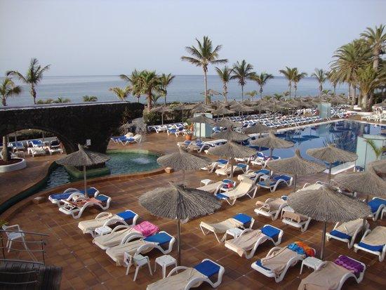 VIK Hotel San Antonio : Pool