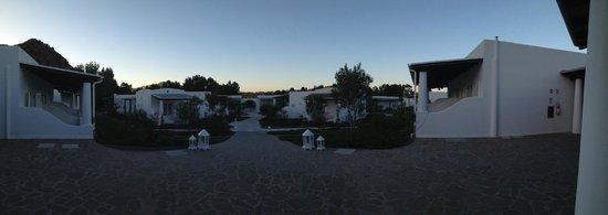 Hotel Mari del Sud Resort : Giardino al tramonto