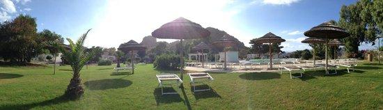 Hotel Mari del Sud Resort : Scorcio di piscina