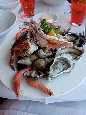 La Marine : Belle assiette de fruits de mer