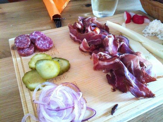 Photo of Austrian Restaurant Heurigenbuffet Zum Gschupftn Ferdl at Windmuehlgasse 20, Vienna 1060, Austria