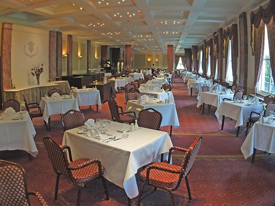 The Palace Hotel: The Dining Room