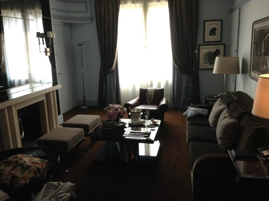 Prince de Galles Hotel: Living area