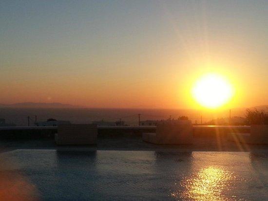 Aeolos Mykonos Hotel : tramonto 2