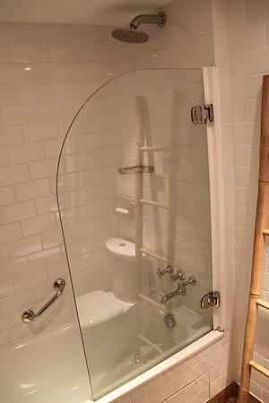 Columbus Monte-Carlo: Bathroom