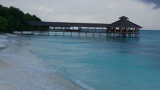 Reethi Beach Resort: Moodhu restaurant