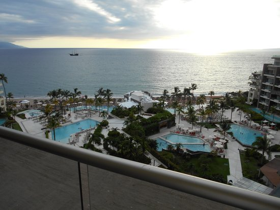Secrets Vallarta Bay Resort & Spa: view from balconey