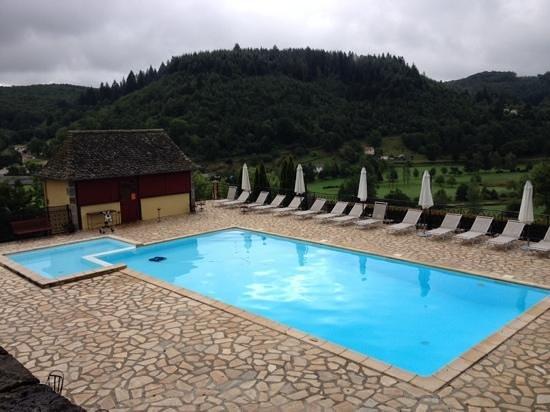 Hotel du Chateau de Salles: la piscine