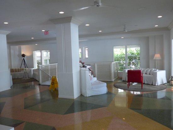 Townhouse Hotel: Lobby