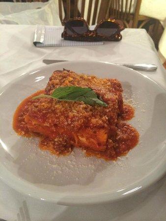 Osteria da Antonio: La la la lasagne!