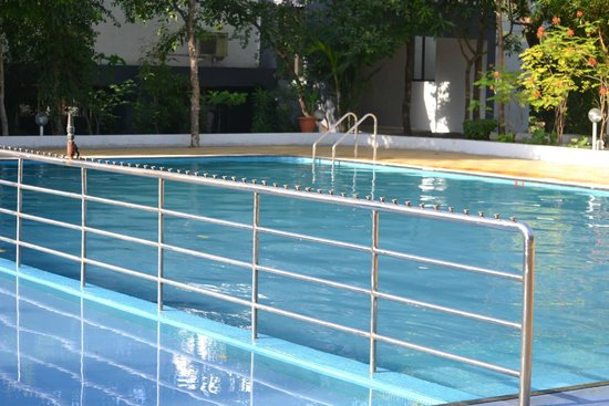 Yash Resort: Swimming Pool