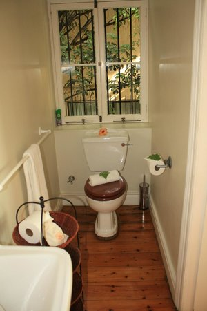 Cheviot Place Guest House : Bathroom