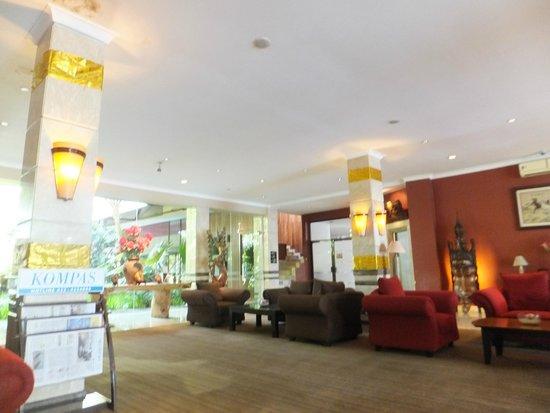 Lobby Picture Of Bali World Hotel Bandung Tripadvisor