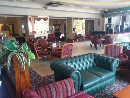 Royal Hotel Scarborough: the lounge