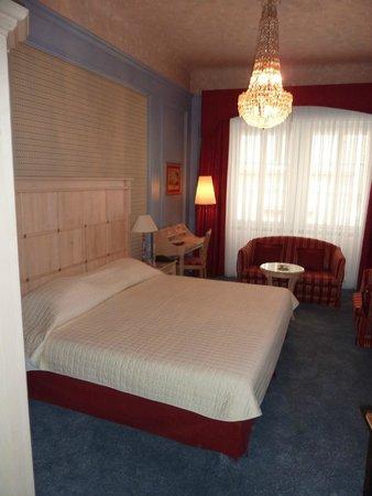 Hotel Konig Von Ungarn: Room