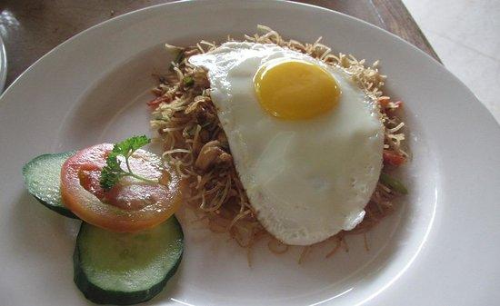 Komaneka at Rasa Sayang: Indonesian breakfast