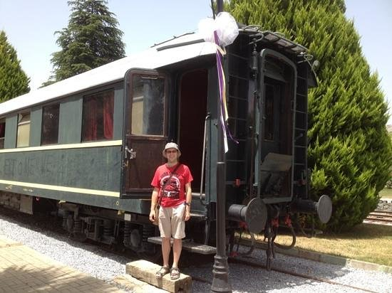 Ephesus Tours : Ataturk's carriage